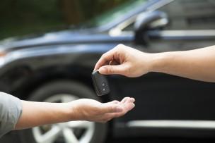 売り手も買い手も要注意! 車の個人売買に潜む危険性